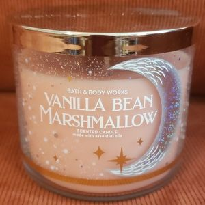 😍Bath & Bodyworks Vanilla Bean Marshmallow Candle